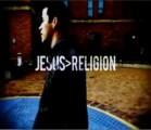 ¿Por qué contrasta la religión con las palabras de amor de Jesús?